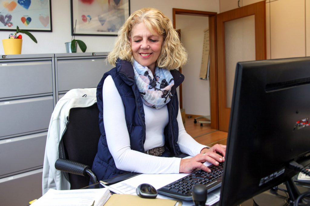 Assistentin Antje Thomaßen-Rothe